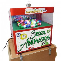 Le Winball Pro sur sa caisse de transport.